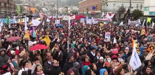 Marcha Docente al Congreso en Chile