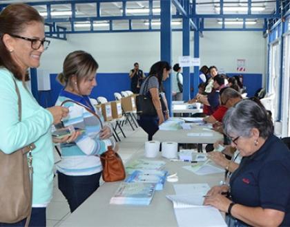 Votantes de ANDE acuden a las urnas para elegir a su directorio