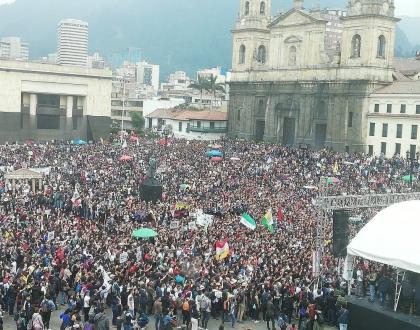 APSU marcha por las Universidades Públicas de Colombia