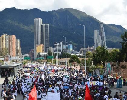 Movilización en Bogotá por las universidades públicas
