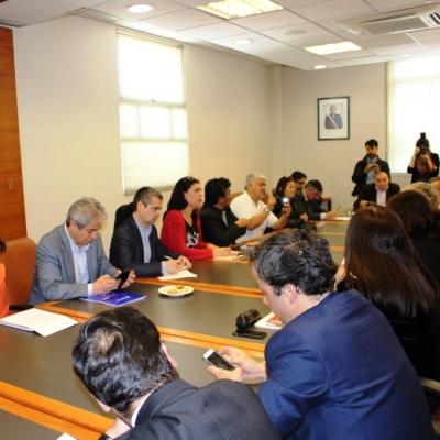 Mesa de negociación de ajuste salarial del sector público de Chile