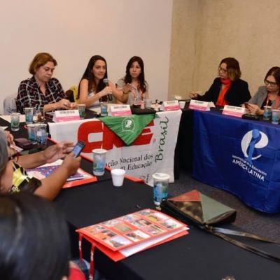 RED de Trabajadoras de la educación en Brasil