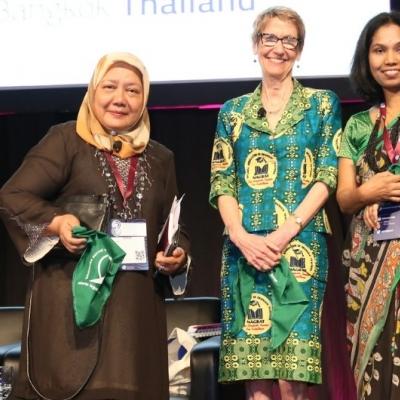 Caucus de Mujeres, 8º Congreso de la IE
