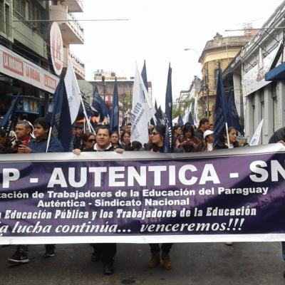Movilizaciones docentes en Paraguay